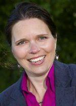 Edmond Halley medewerker Alieke Doornink is gespecialiseerd in collectief pensioen en financiële opleiding.